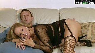 Coquettish Mommy Julia Ann With Plumber - MILF Porn
