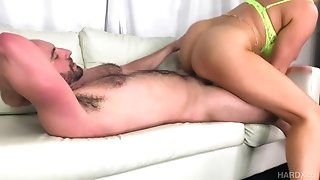 Tantalizing Latina Mom Ryan Is Home