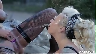 Bonnie Rotten Outdoor Lesbian Squirting
