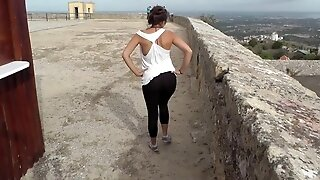 Amateur kinky teen gets gigantic facial in the ancient castle