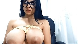 Natural Tits Sexy Babe Webcam