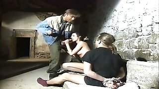 Pretty young retro brunette pleasures classic hardcore threesome fuck