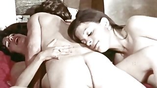 Young retro slut covets to mature guy and enjoys classic hardcore