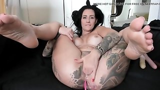 Raunchy Tattooed Chick Squirting While Masturbating